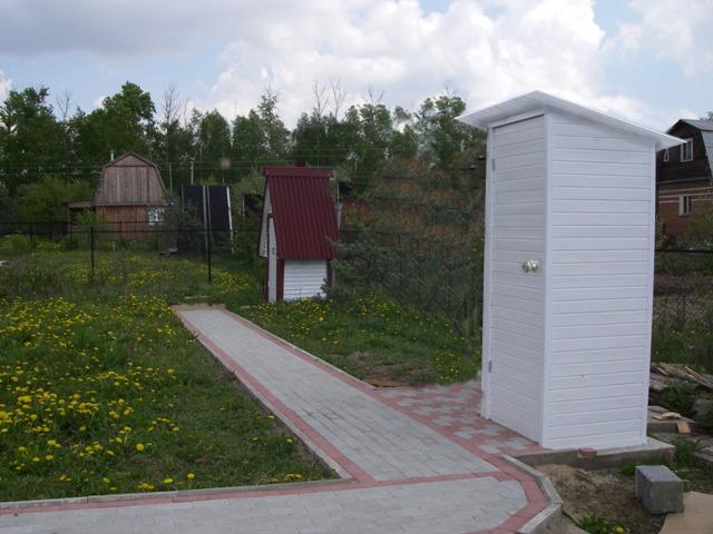 Туалет на участке фото